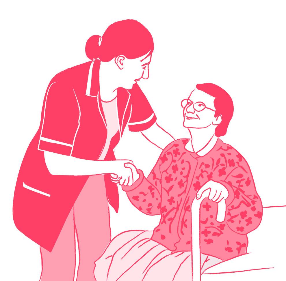 Assistante de vie 3FORETS qui aide une personne âgée à se lever